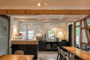 Buchmuehle Cafe Thekenküche